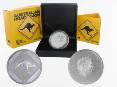 Australien 1$ Road Sign 2013 Känguru, Box + CoA