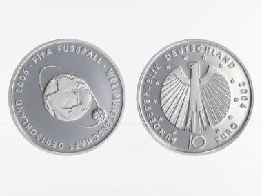 FIFA Fußball WM Weltkugel 10€ 2004 Silber, PP